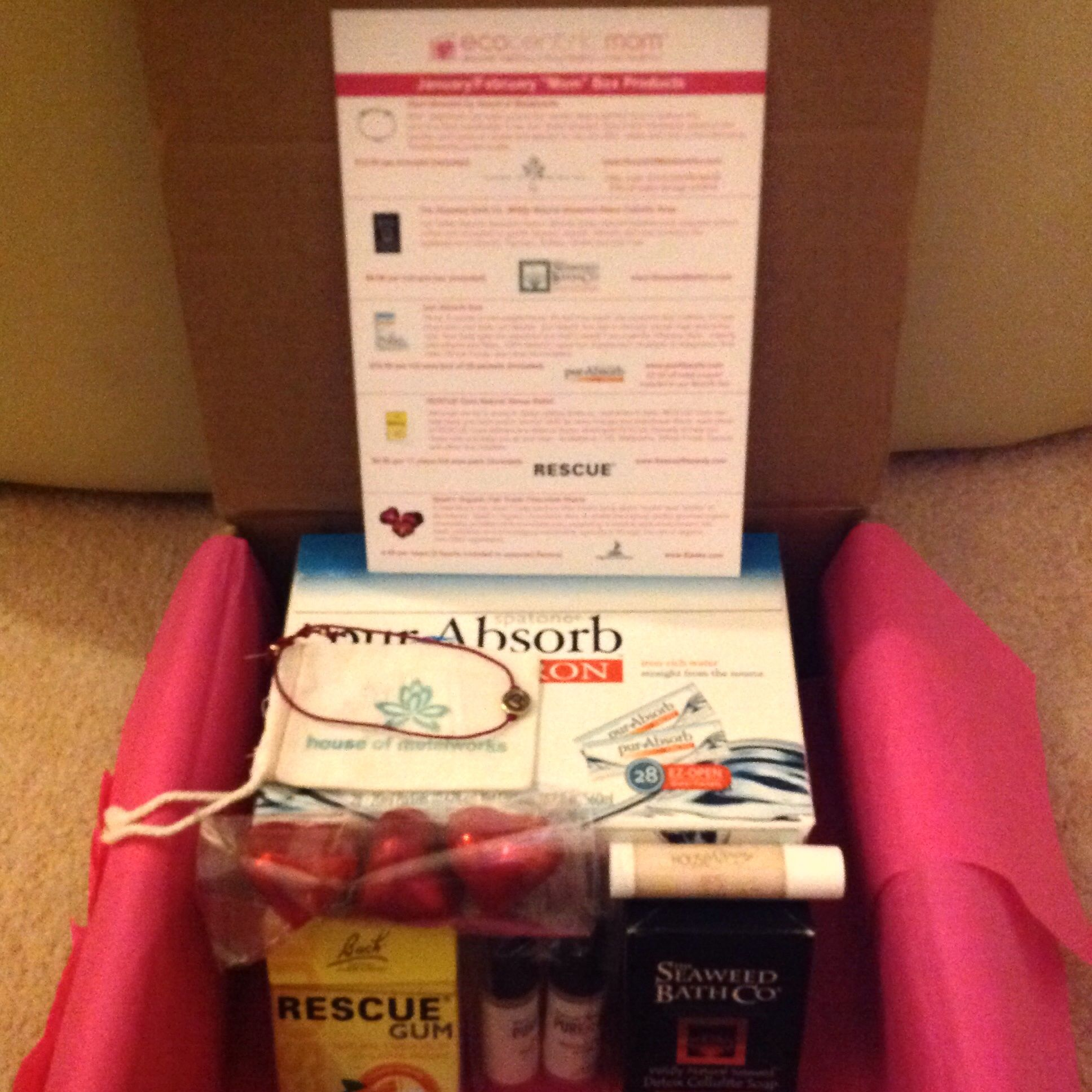 ECOCENTRIC MOM BOX JANUARY/FEBRUARY 2014 http://subscriptions4fun.blogspot.com/2014/01/ecocentric-mom.html