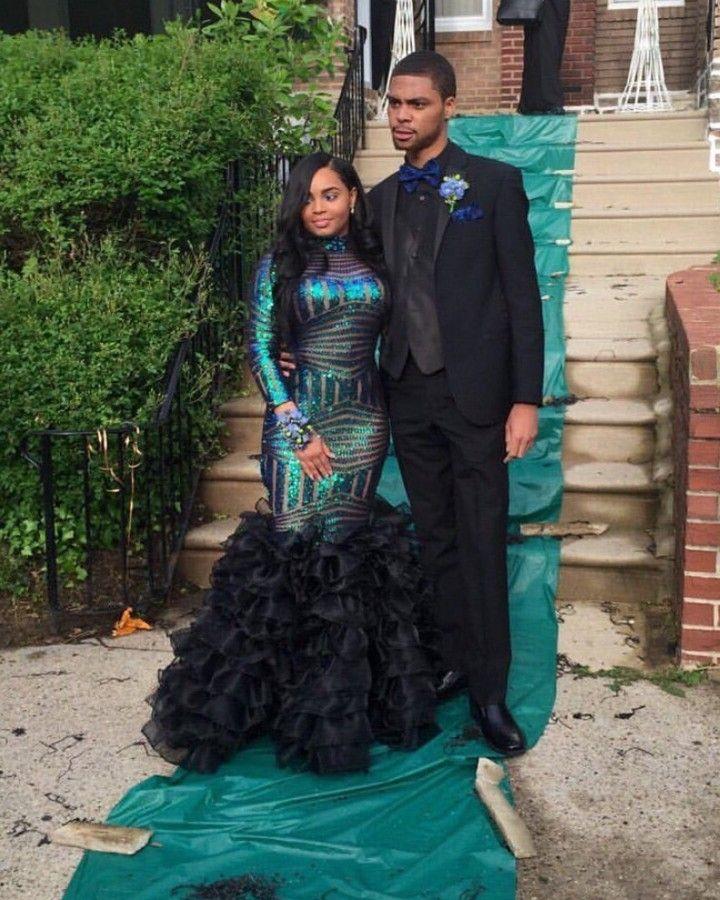 pingl par rayyanatu sur muslimah and modest prom pinterest bal de promo robe et soir e. Black Bedroom Furniture Sets. Home Design Ideas