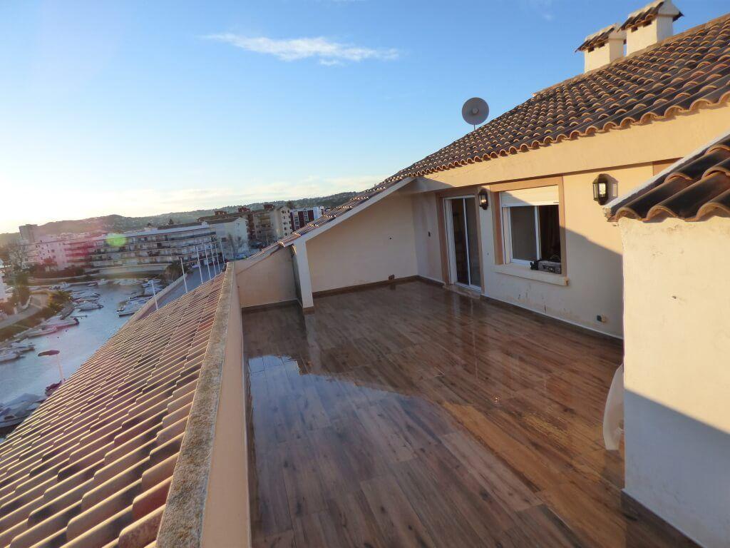 Suelo imitaci n madera para terrazas suelo exterior - Suelo vinilico para exterior ...