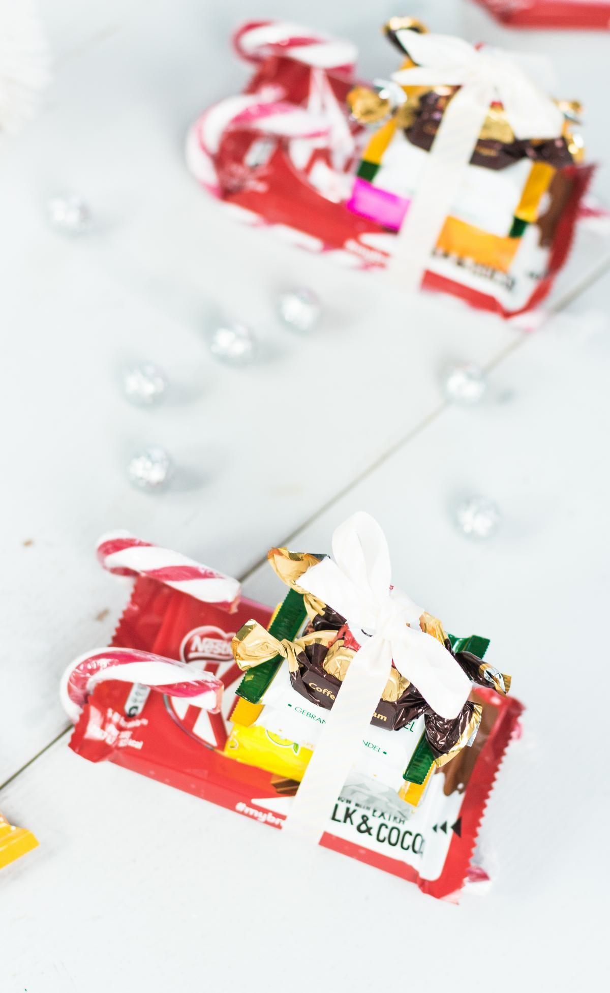 DIY Süßigkeiten Schlitten basteln schnelle einfache und wirklich günstige Last Minute Geschenkidee für Weihnachten Eignet sich auch als Wichtelgeschenk