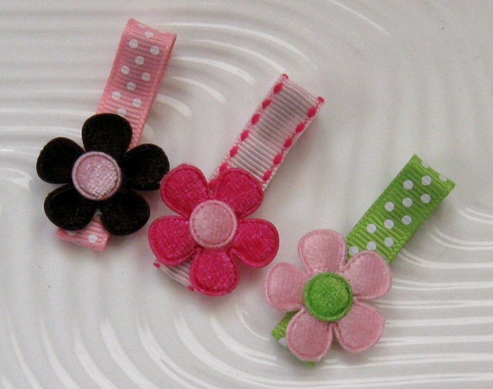A trio set of boutique applique flower clips for infants toddlers