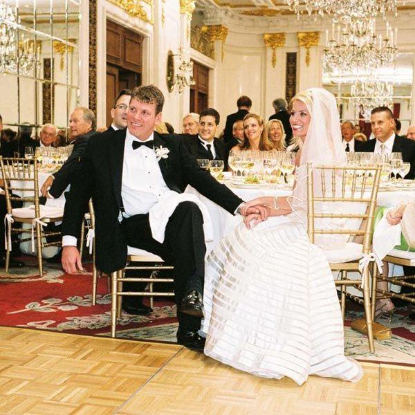 Wedding Reception Head Table Ideas: 25 Pretty Head Table Ideas: From Big Traditional To