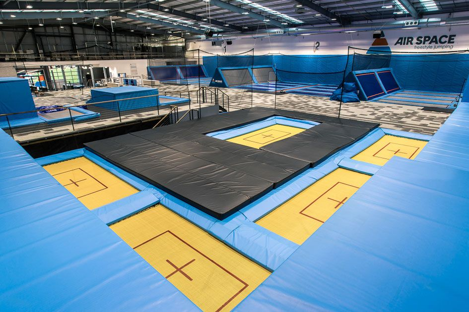 Freejumping Indoor trampoline, Trampoline park, Air space