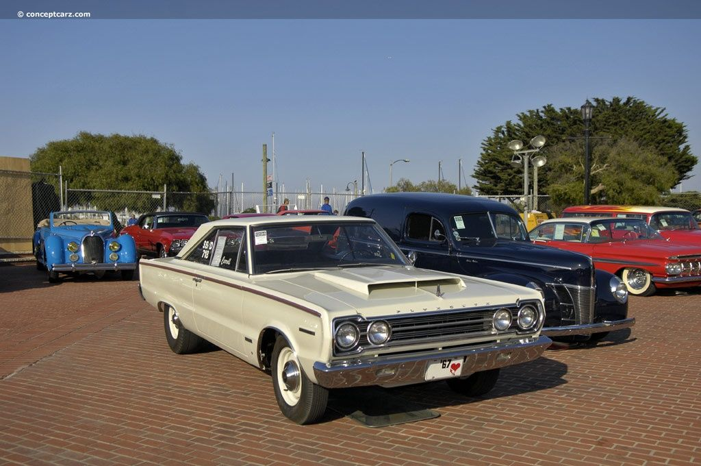 top 10 rarest american muscle cars 1967 plymouth r023 gtx 55 rh pinterest com