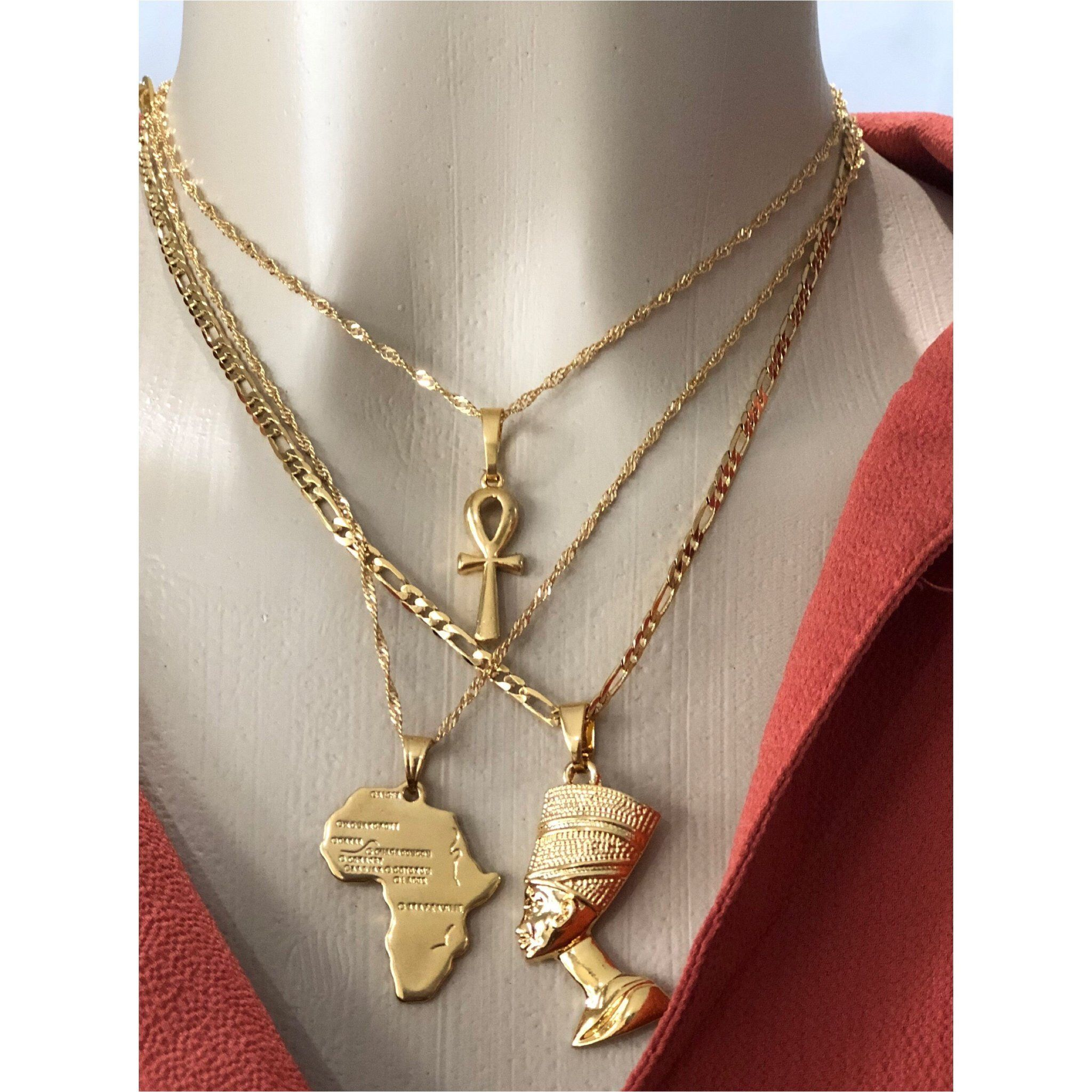 Egyptian Queen Nefertiti Pendant Gold Necklace VALENTINES Day Gift Beautiful