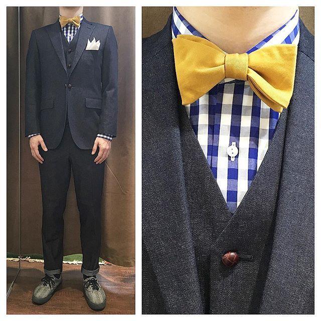 4d64a7ae51295 navy denim suit. ネイビーデニム素材のスリーピース 王道のギンガムチェックシャツに、
