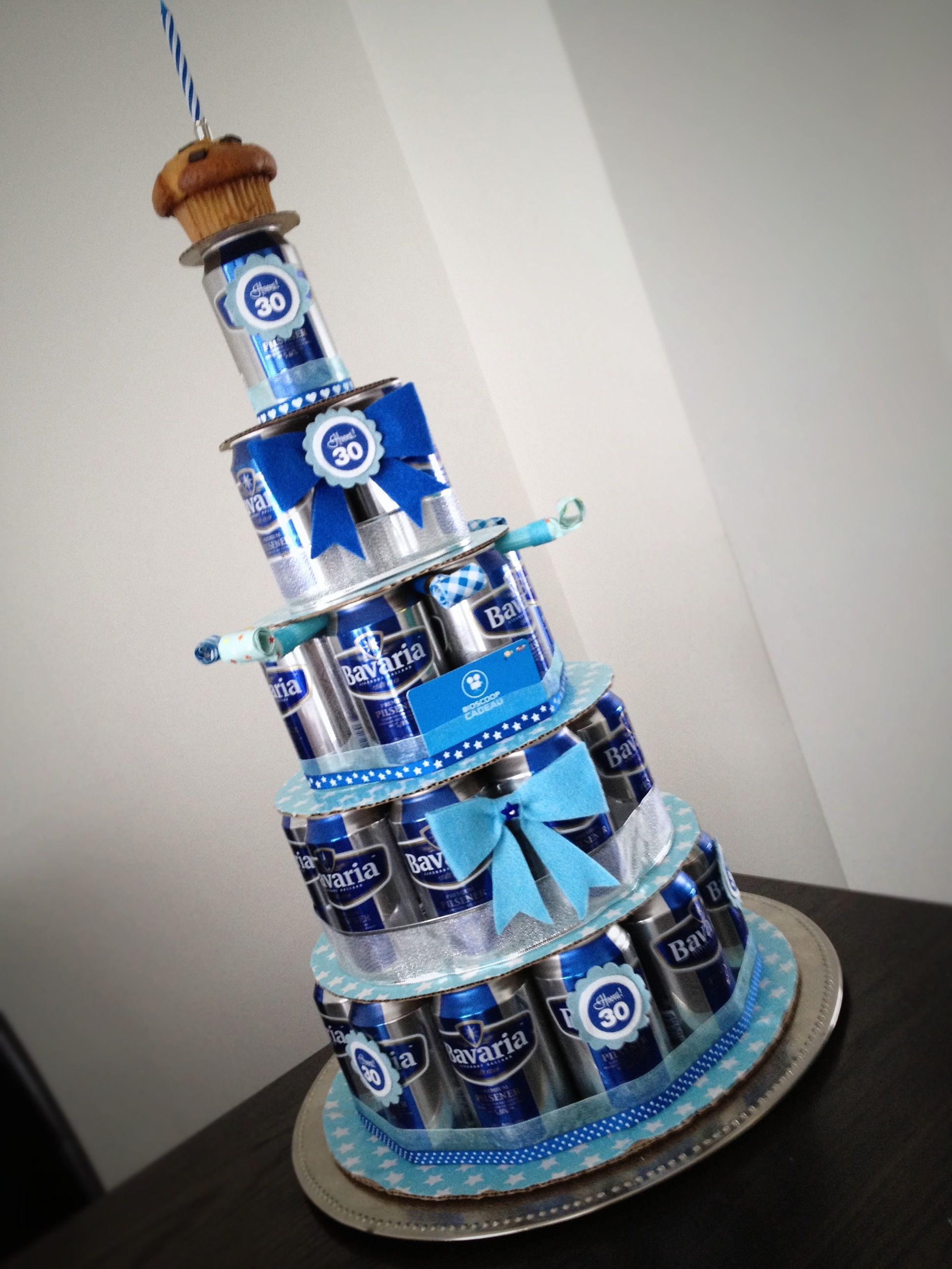 Fabulous 30 jaar?! Maak een biertaart! | MOOI!!! | Pinterest - Gifts &AI93