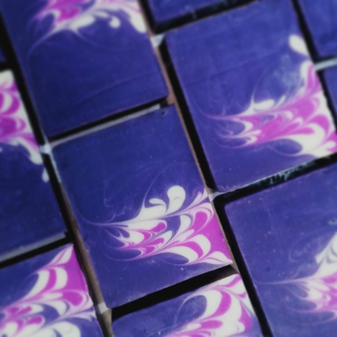 Black Raspberry Vanilla guest soap.  #soap #handmadesoap #madeintasmania #artisansoap #supportlocal #blackraspberry