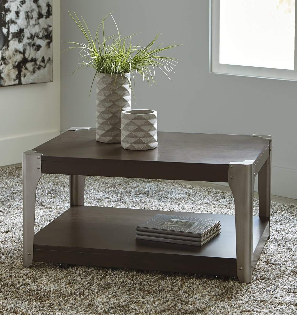 Signature Design by Ashley T3641 Geriville Coffee Table