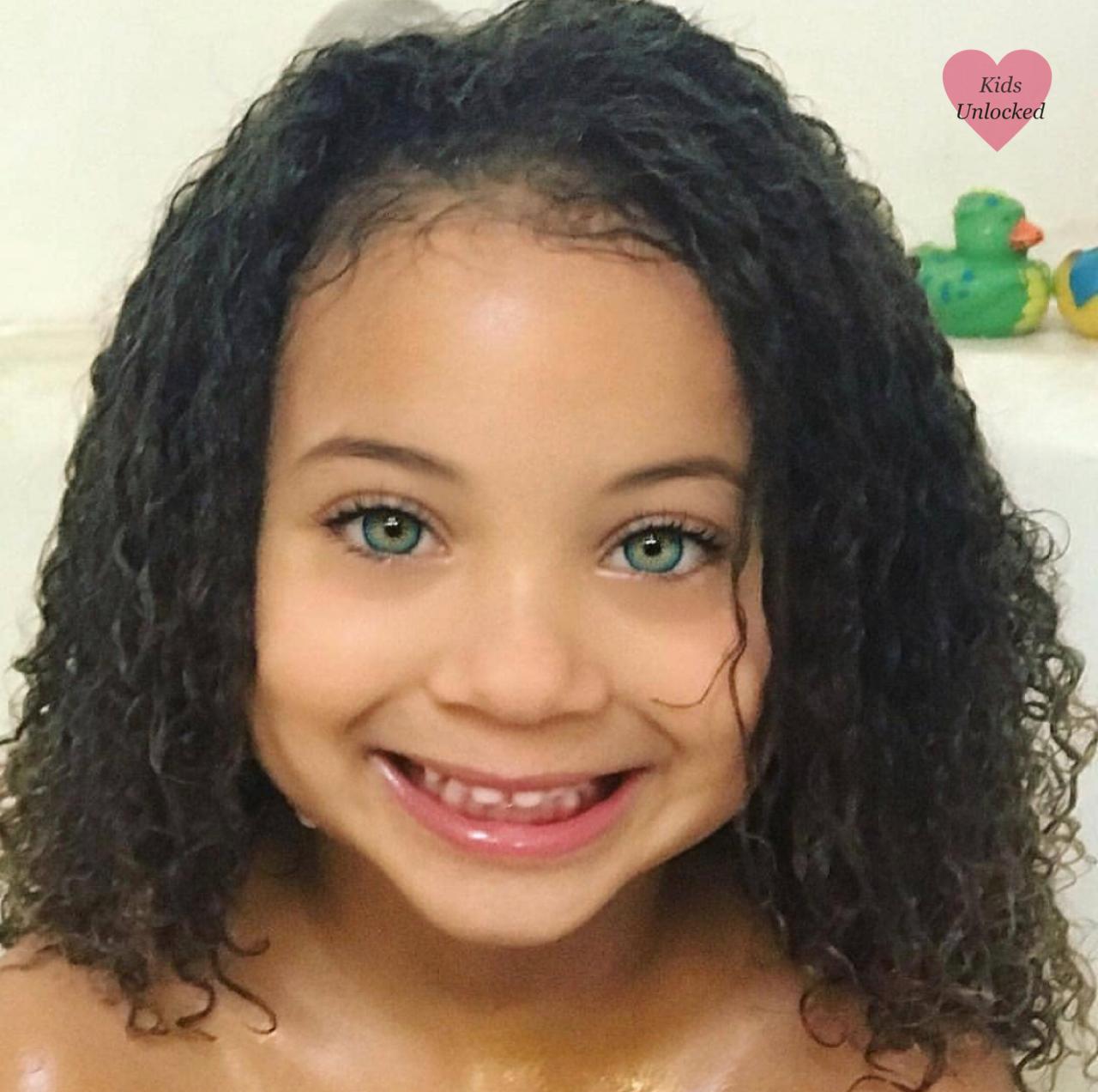 Jurnee Lee 5 Years African American Caucasian Follow Instagram Com Kidsunlockedig Curly Girl Hairstyles Girl With Green Eyes Curly Hair Styles