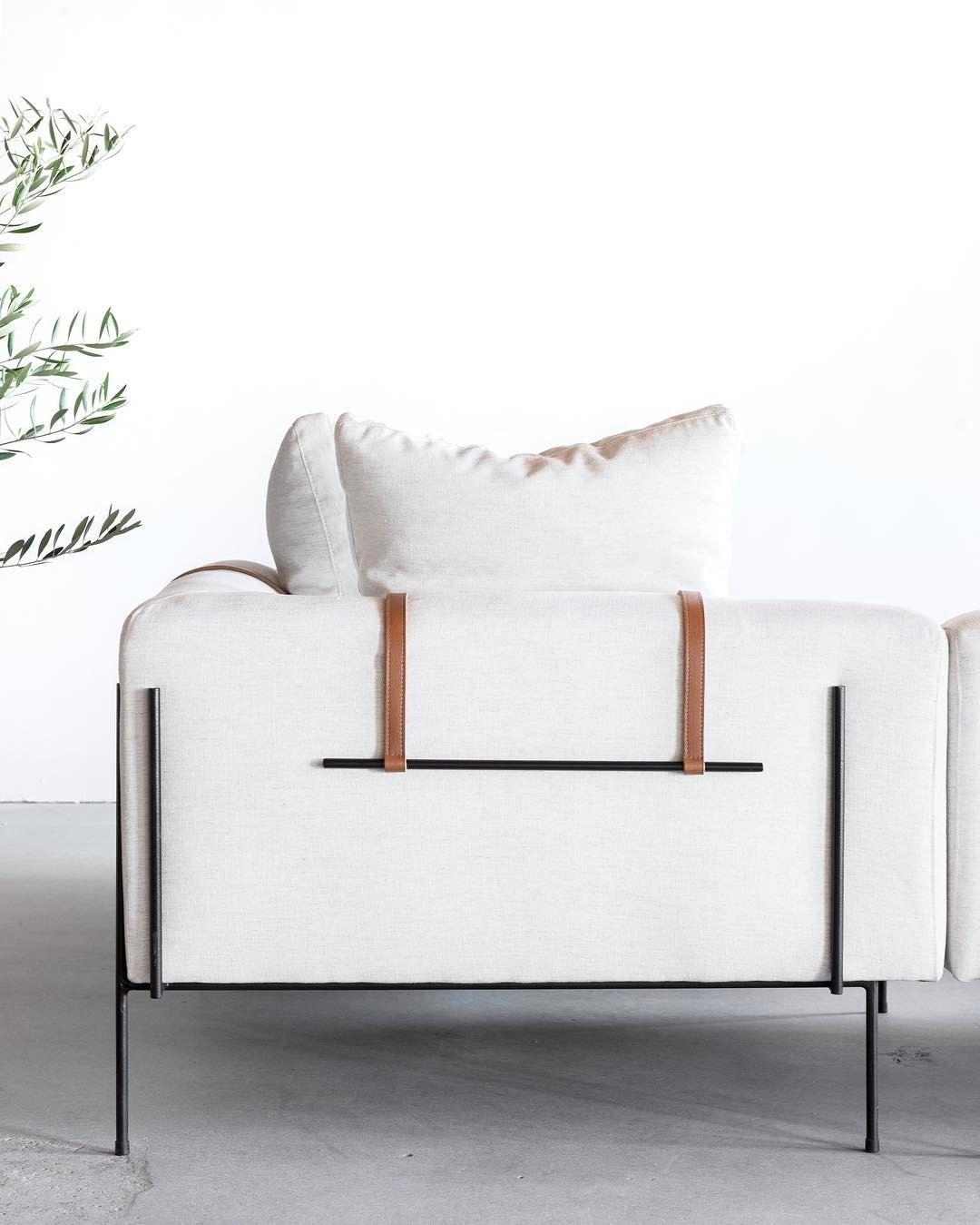 Sofa Beds Love the details in the design of the Bronson sofa by Nackst dskudde l derrem h nger justera h jd