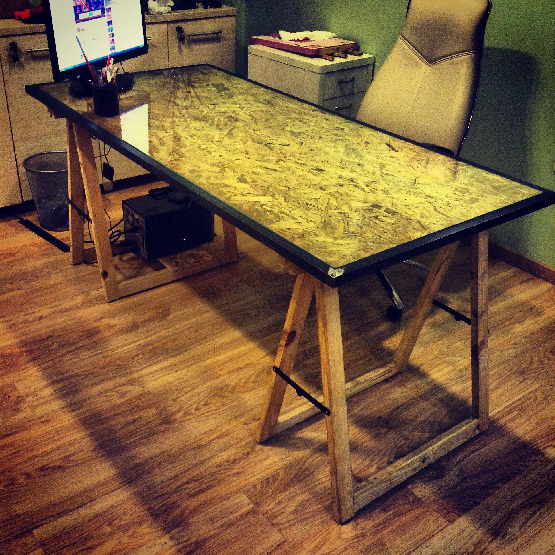 wood office table osb wood pinterest osb meubles et idee bureau. Black Bedroom Furniture Sets. Home Design Ideas