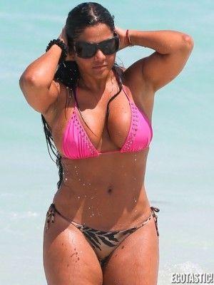 fotos mujeres voluptuosas en bikini