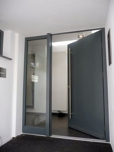Cambiar puerta de entrada barcelona barcelona - Puertas entrada exterior ...
