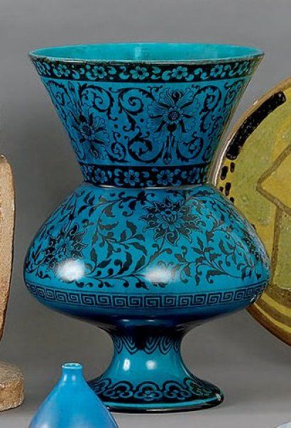 th odore deck grand vase balustre sur haut pi douche d cor fleu pottery iv pinterest. Black Bedroom Furniture Sets. Home Design Ideas