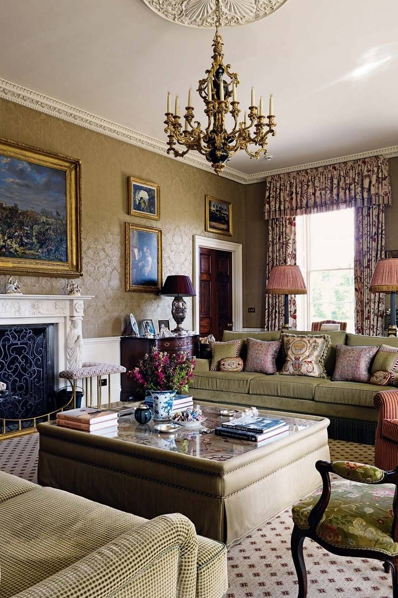 pin by lynne hampshire on beautiful rooms classic country house rh pinterest ch