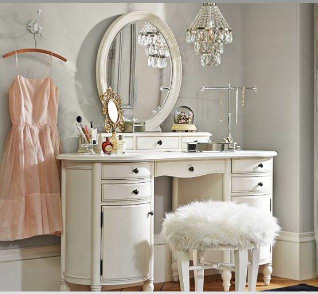 I think I\u0027m in love!\u003c3 Room theme Pinterest Vanities, Classy