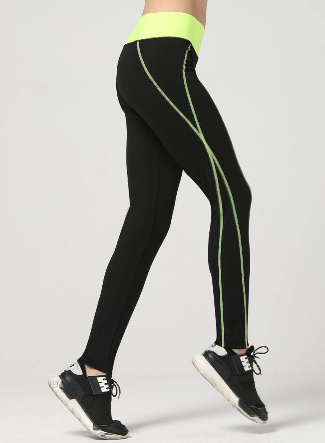 fc5c28f167d49 Wear it to fit! The leggings are made from 90% polyester and 10% spandex  with wide waistband