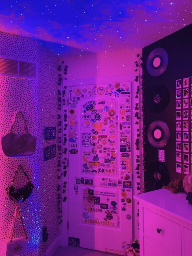 Deco Chambre Fille Ado 2021 in 2020 Room inspiration