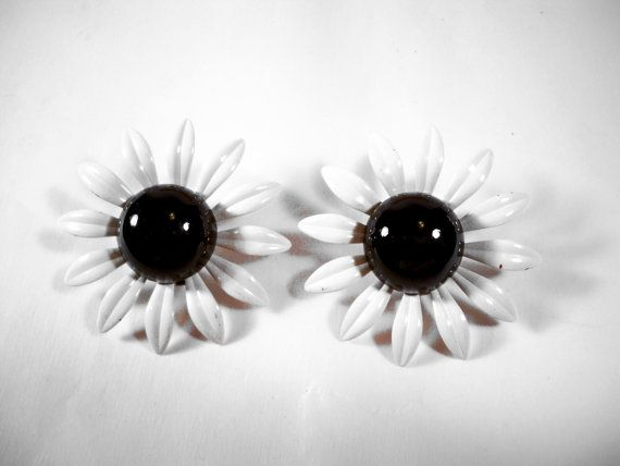 Vintage White Enamel Flower Clip Earrings U2822 by CrowsNestJewels