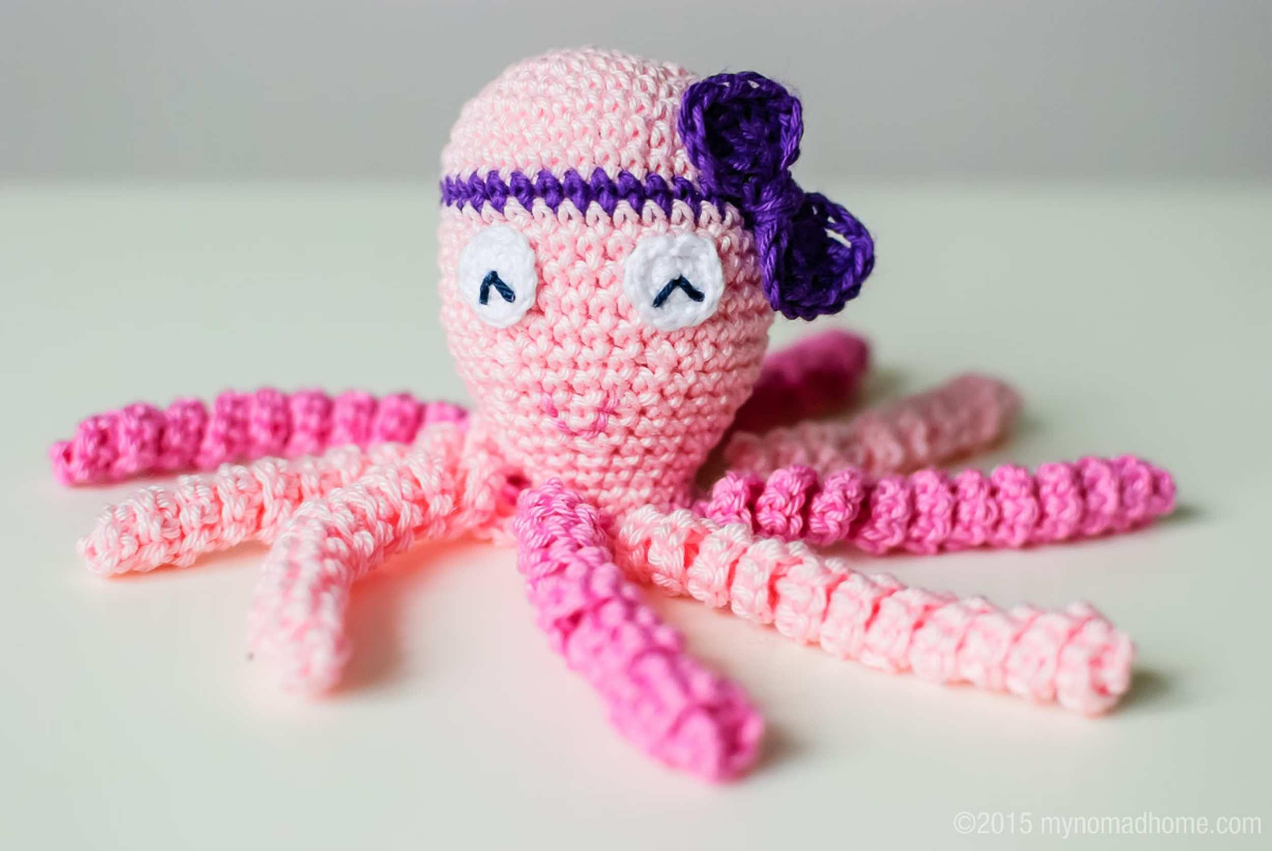 octopus for a preemie | Inspiracje | Pinterest | Preemies, Crochet ...