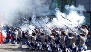 Compagnie Franche de la Marine  /  Ces compagnies étaient au nombre de 40 en 1757. Fortes de 65 hommes et commandées par un capitaine dont elles portaient le nom, elles se répartissaient entre trois cantonnements principaux (Montréal, Québec et Trois Rivières), et de nombreux détachements sur tout le territoire de la Colonie.