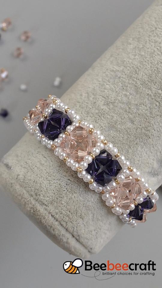 # Tutorial en video de Beebeecraft sobre #glassbeads #bracelet