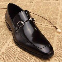 cf01c40ec Sapato Gucci Preto verniz com fivela prata - comprar online ...