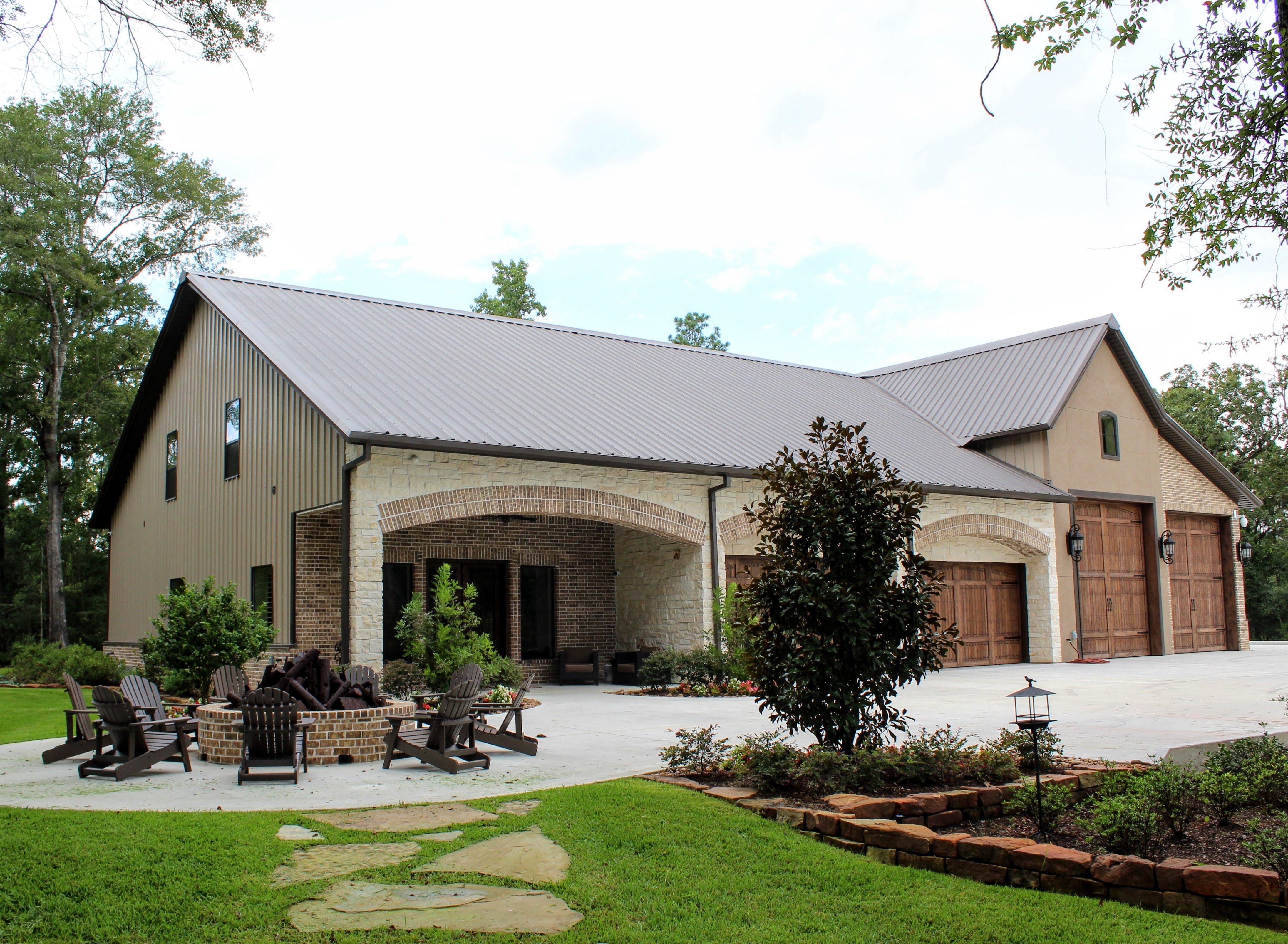 Top 20 Awesome Barndominium Design Ideas In 2020 Pole Barn House Plans Barn House Plans Metal Barn Homes