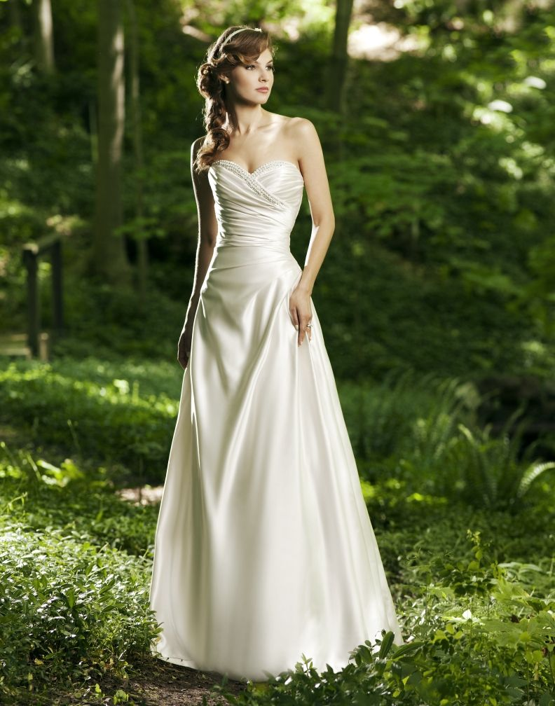 Wear your wedding dress on your anniversary  sweet heart neck line plus you could totally shorten it and wear it