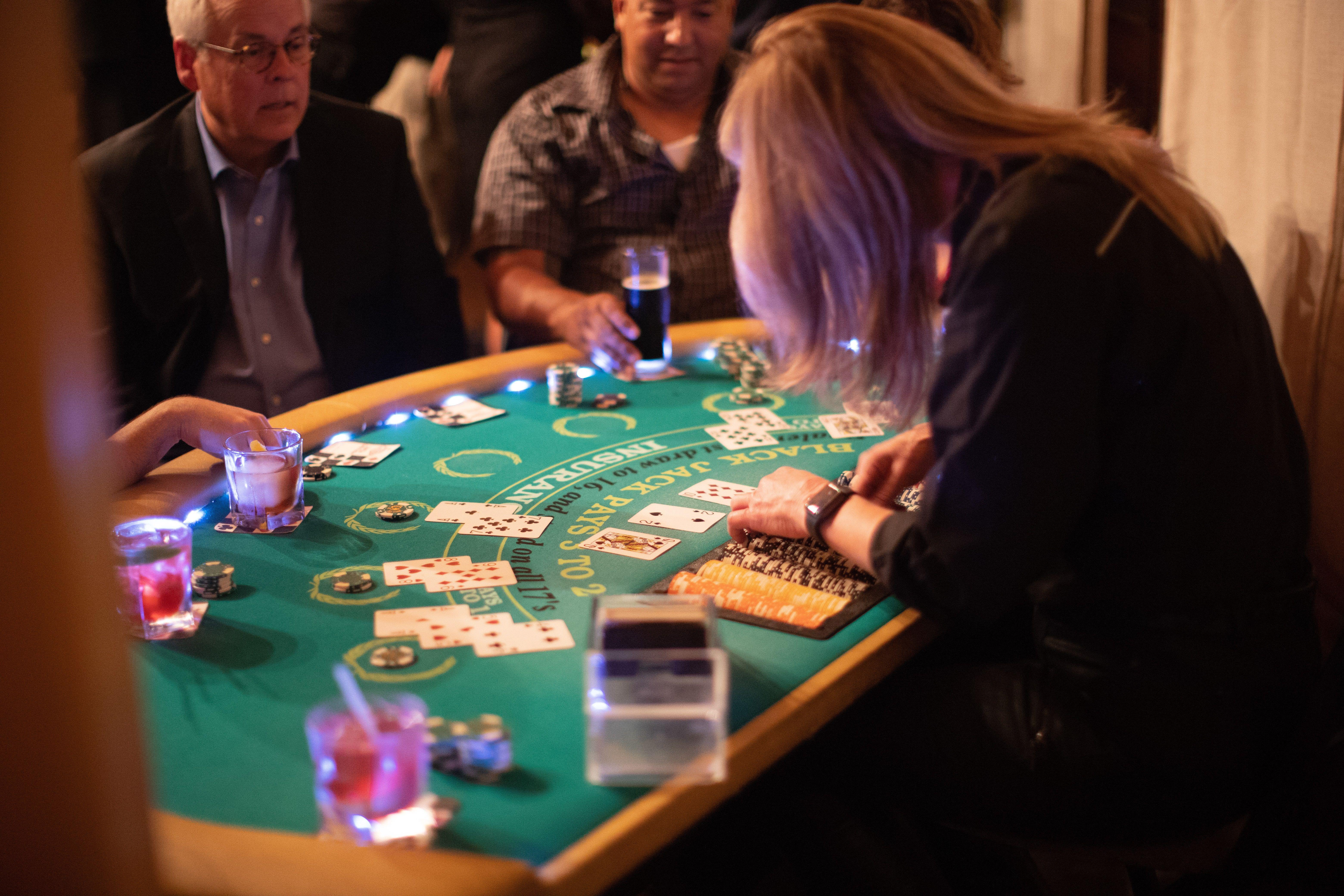 Dating är som Poker