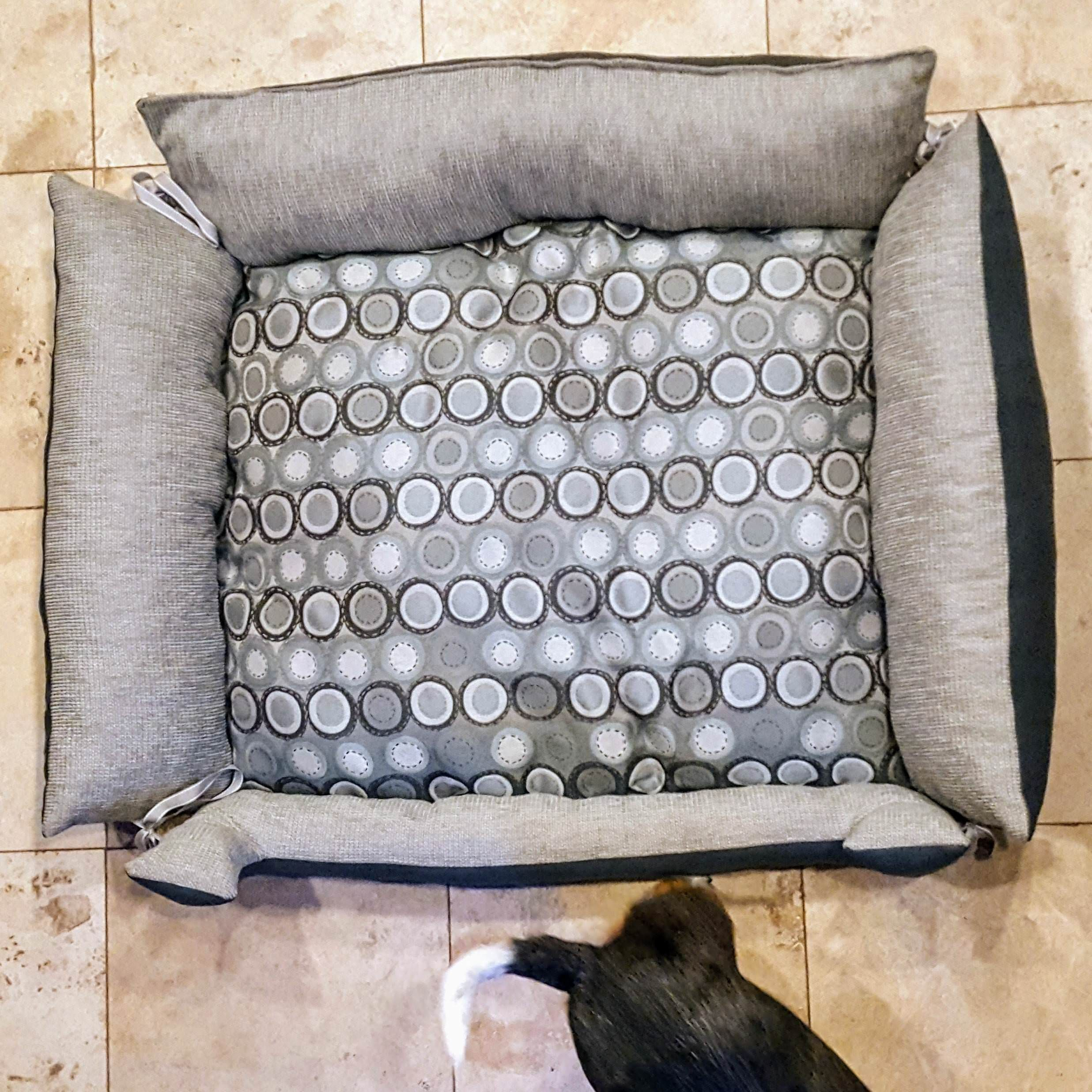 Sewed My Pups A New Dog Bed #Sewing #Crafts #Handmade