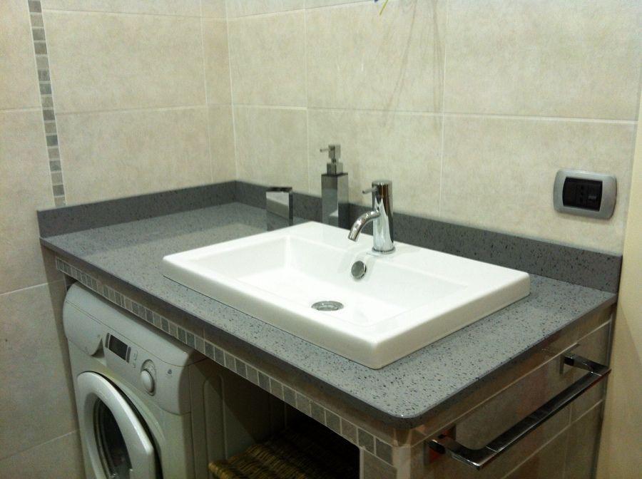 Risultati immagini per cucina con bagno di servizio progetti