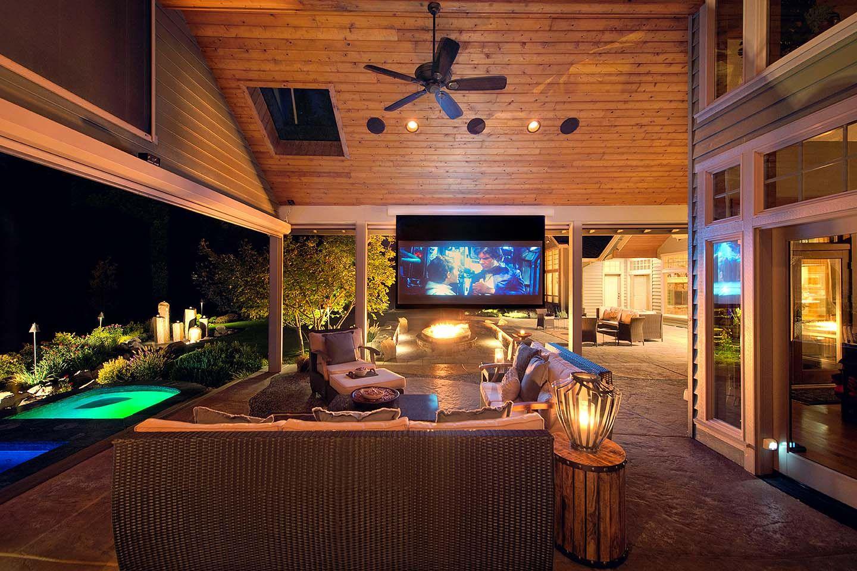 Luxury Outdoor Living Spaces in 2020 | Outdoor living ... on Fancy Outdoor Living id=83959
