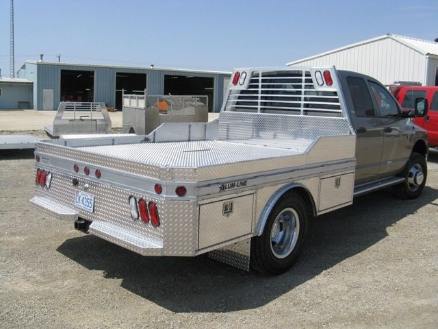 Custom All Aluminum Trailers Truck Bodies Boxes For Sale Alum Line In 2020 Custom Truck Beds Aluminum Truck Beds Aluminum Trailer