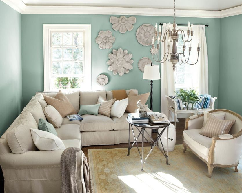 10 Living Rooms Without Coffee Tables | How to Decorate in ...