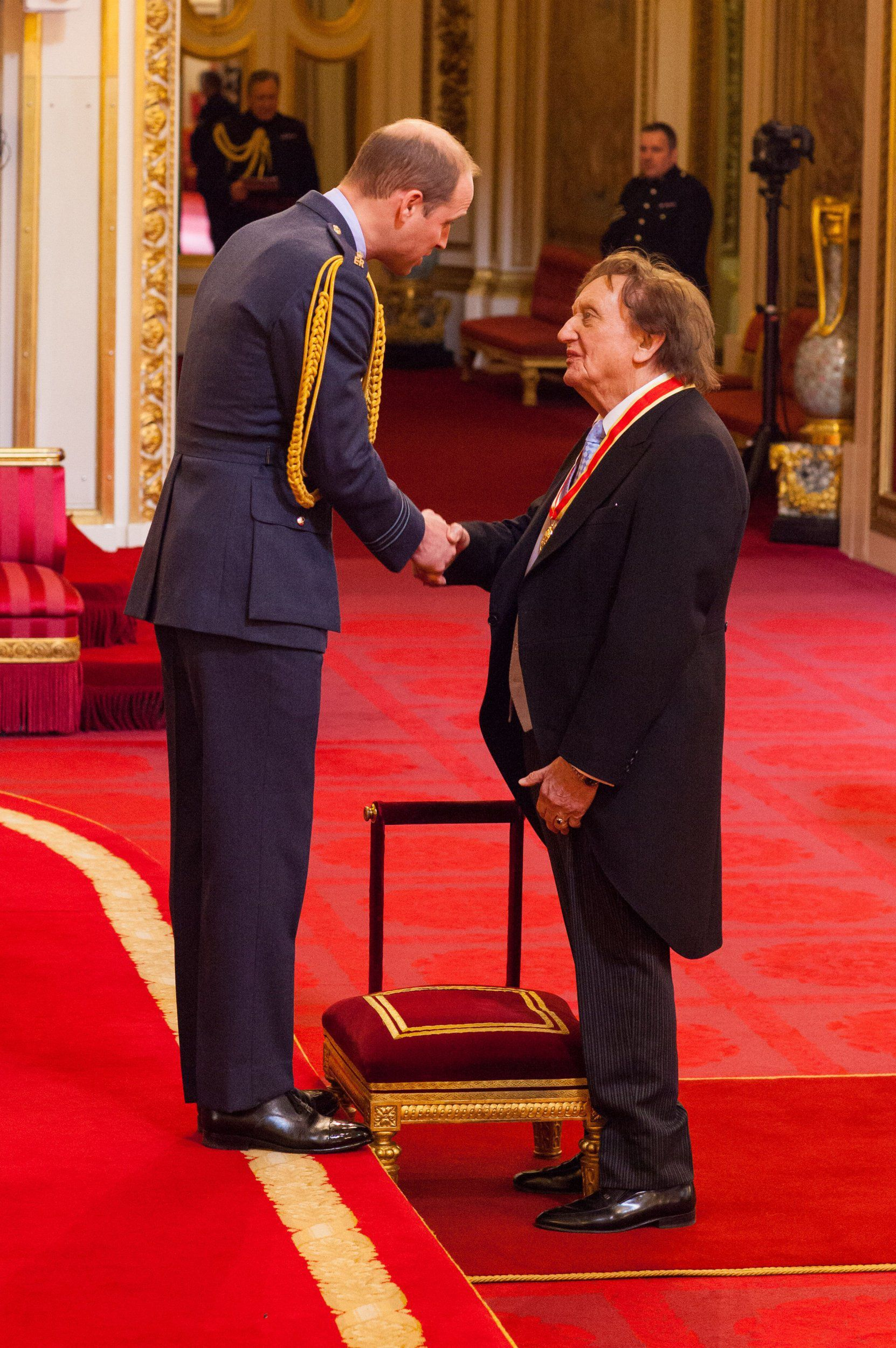 Sir Ken Dodd from Liverpool is made a Knight Bachelor of the British Empire by the Duke of Cambridge at Buckingham Palace. PRESS ASSOCIATION Photo. Picture date: Thursday March 2, 2017. See PA story ROYAL Investiture. Photo credit should read: Dominic Lipinski/PA Wire