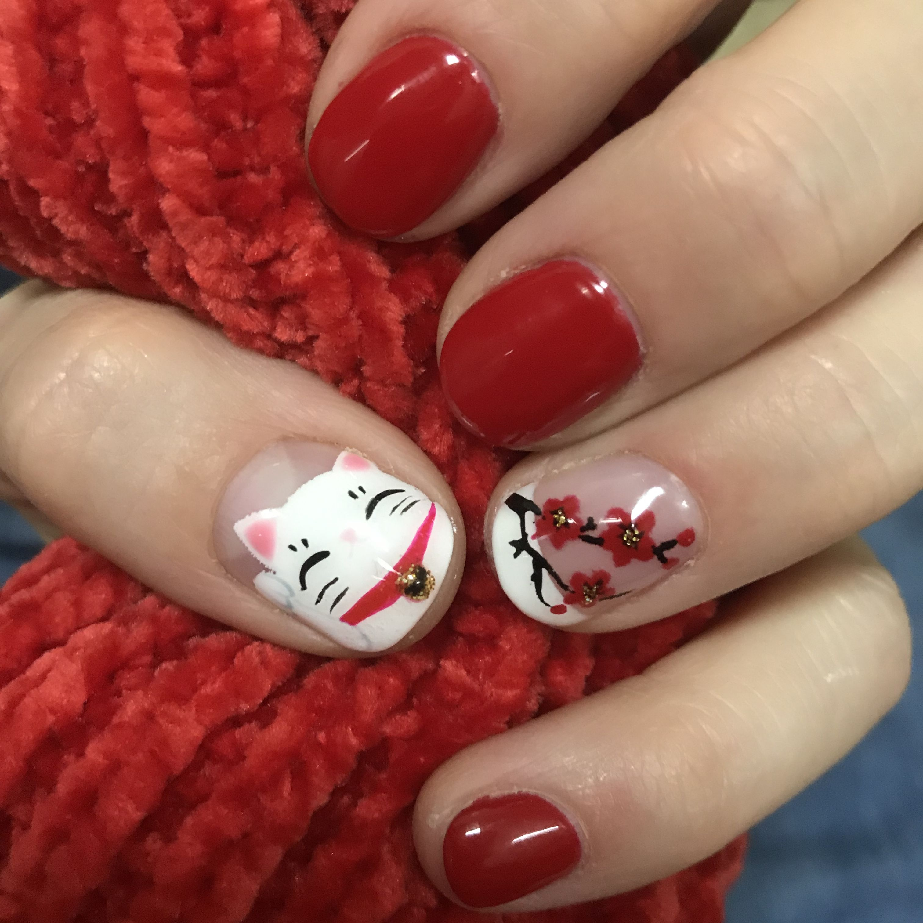 Chinese New Year nails red fortune cat cherry blossoms
