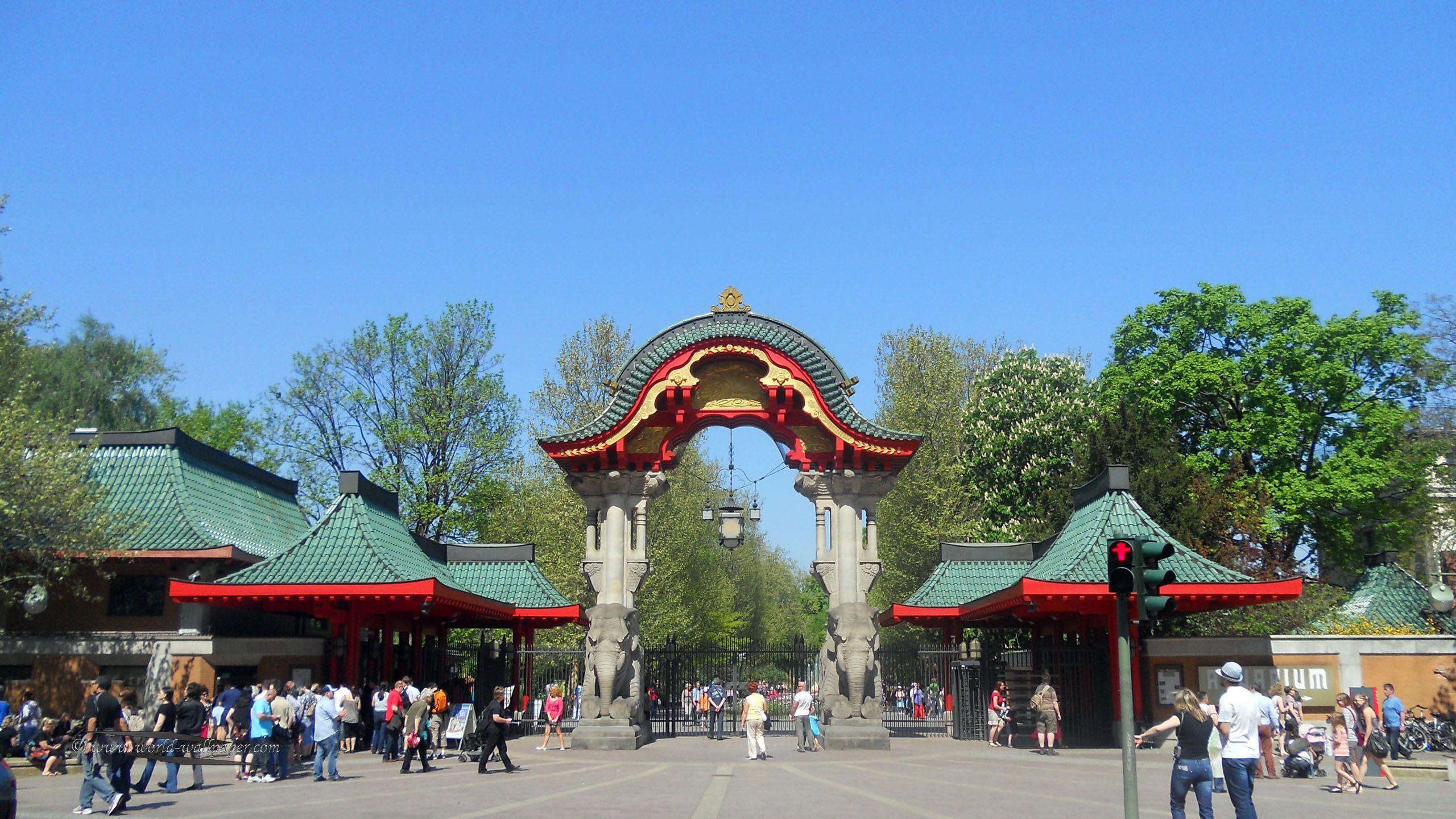 Zoologischer Garten Zoo In Berlin Berlin Travel Around The World Visiting