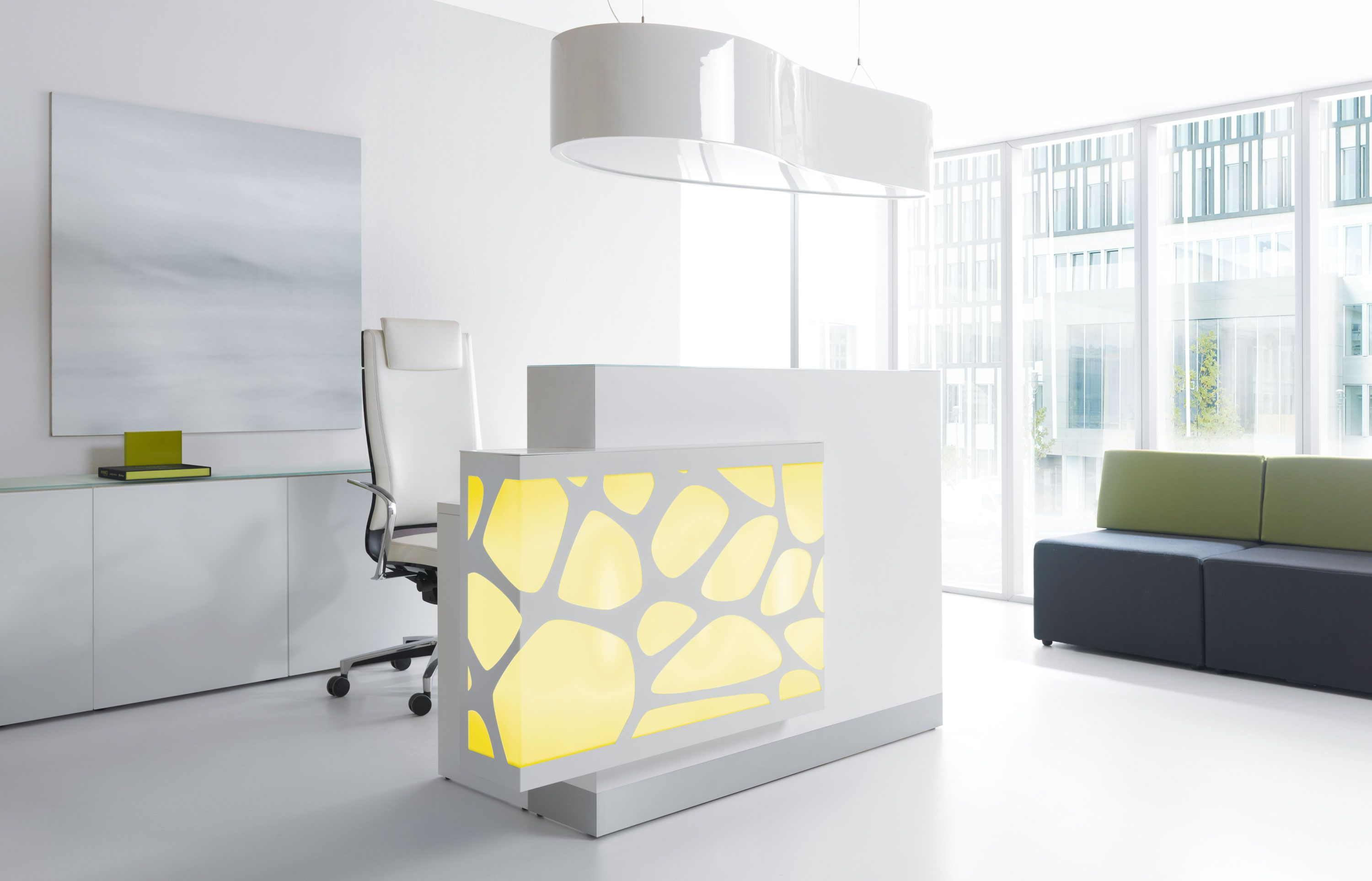 Home gt reception desks gt 8 curved maple glass top reception desk - Sleek And Thin While Maintaining Privacy This Modern Reception Desk Will Fit Many Different Office