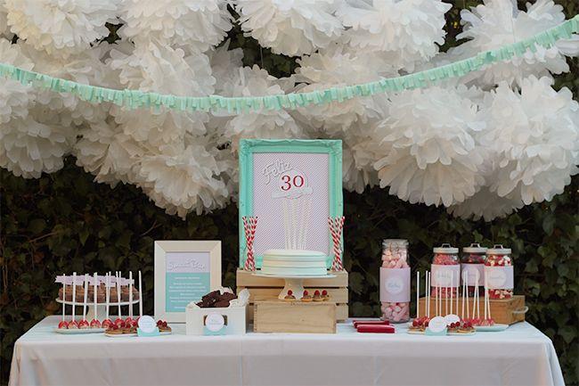 Nice party 30 cumplea os mint rojo mesa de dulces party for Decoracion 30 cumpleanos
