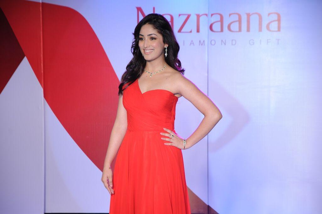 #Yaami Gautam at Nazraana's Kolkata Event
