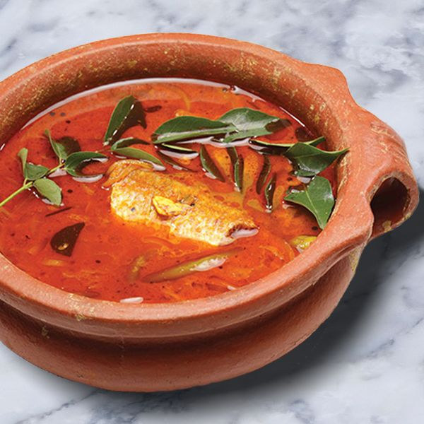 Kerala Style Fish Curry In A Clay Pot Recipe Curry Recipes Indian Fish Curry Curry