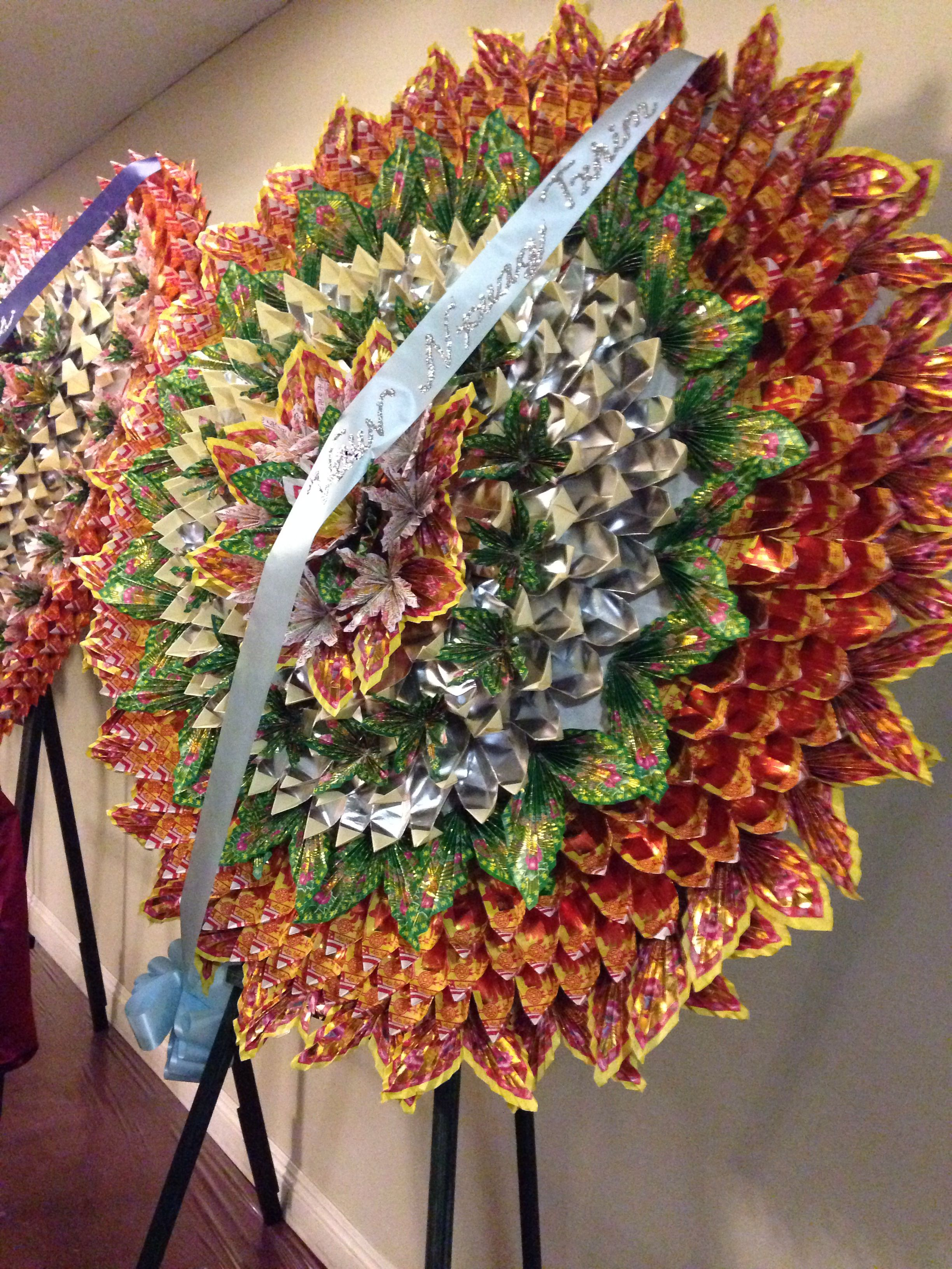 Hmong Origami Funeral Wreath Hmong Pinterest Origami Wreaths