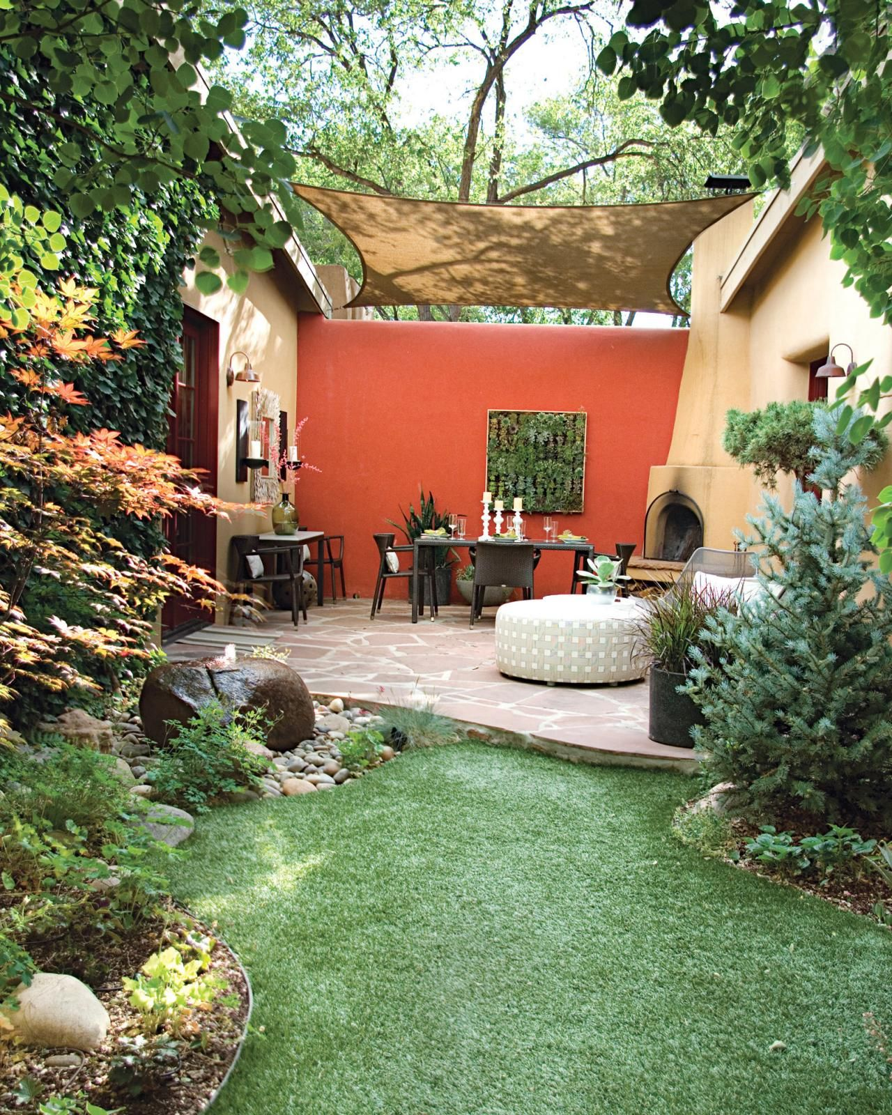 Small Garden Secrets: Pictures And Tips For Small Patios