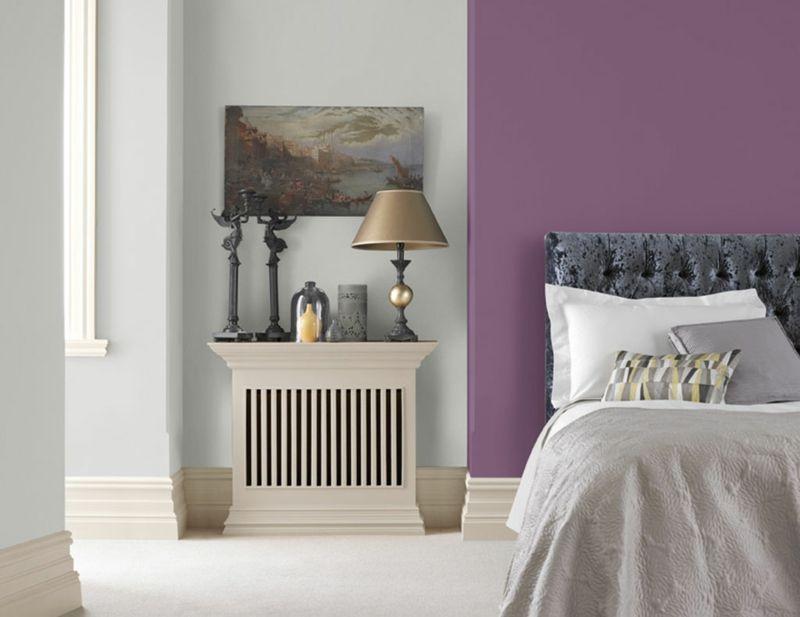Wohnraumgestaltung mit frischen Farben - Lila und Grau Home - farbideen wohnzimmer grau