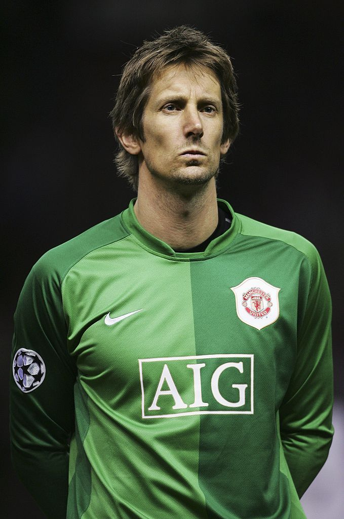 But what else do we know about his actress wife. Manchester United Kingdom December 06 Edwin Van Der Sar Of Manchester United Lines Up Manchester United Line Up Manchester United Manchester United Ronaldo