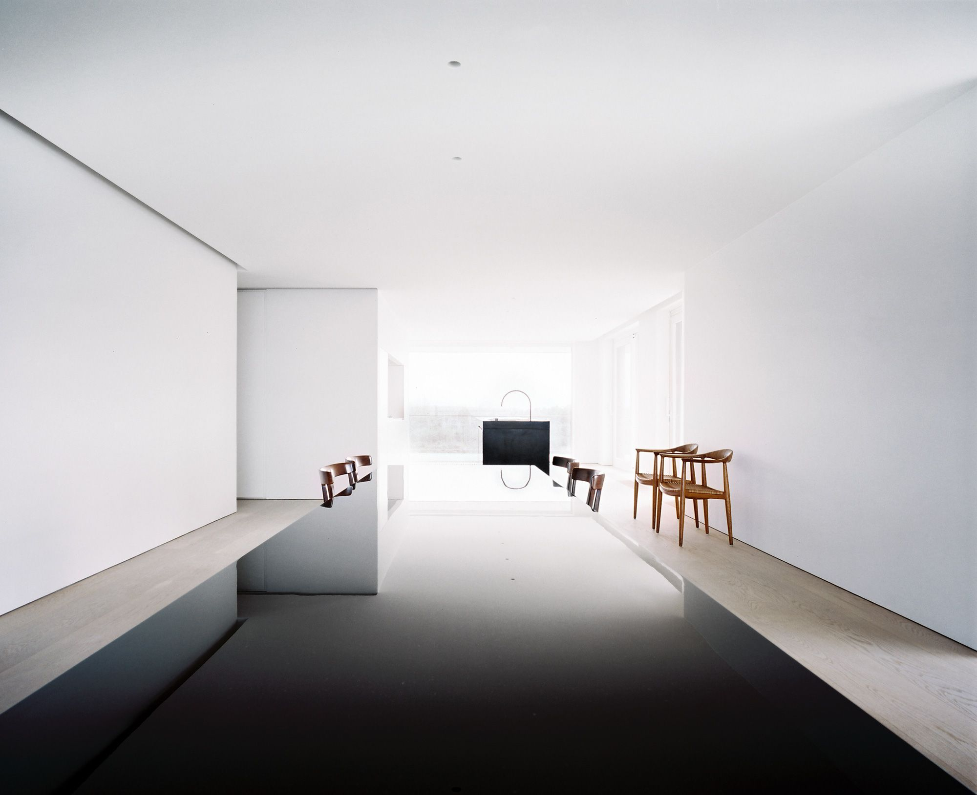 John pawson north sea apartment architect john for Minimal space