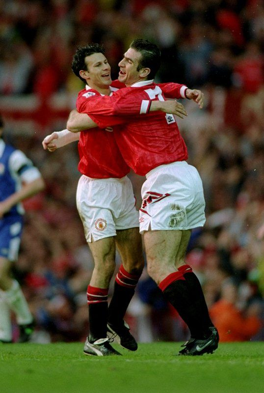 Get Nice Manchester United Wallpapers Squad Ryan Giggs talks about Eric Cantona on the field abilities and off the field style in 1994.