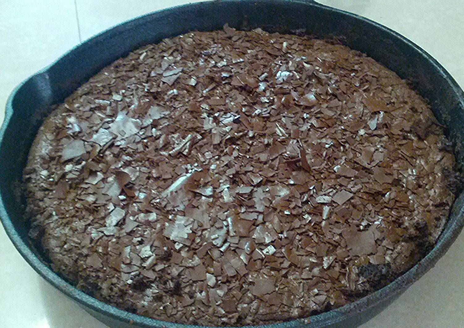 Cast Iron Skillet Brownie Cast Iron Skillet Brownie recipe main photo